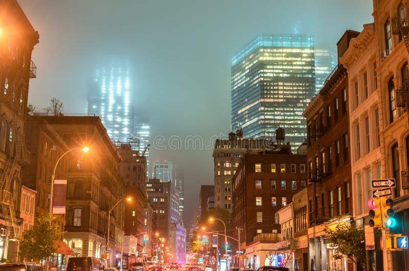 Broadway w Manhattan w mgle, Miasto Nowy Jork obraz royalty free