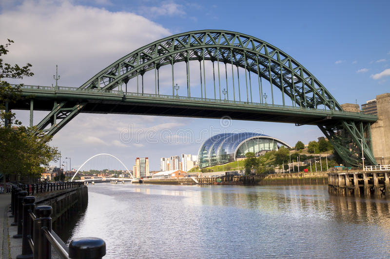 Broar över Riveret Tyne, Newcastle, England royaltyfria foton