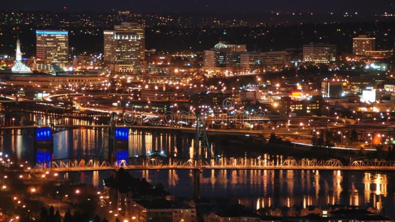 Broar för Portland CityscapeTid schackningsperiod arkivfilmer