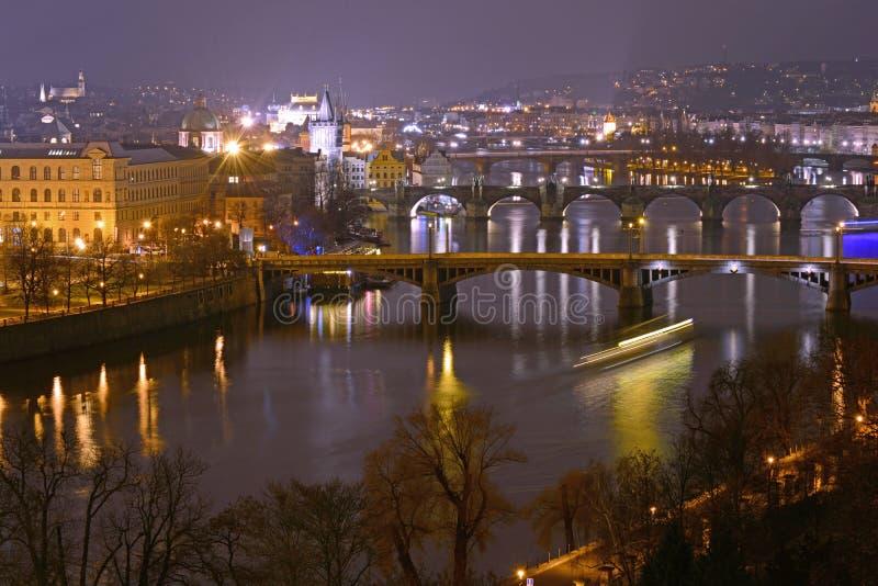 Broar i Prague arkivbild