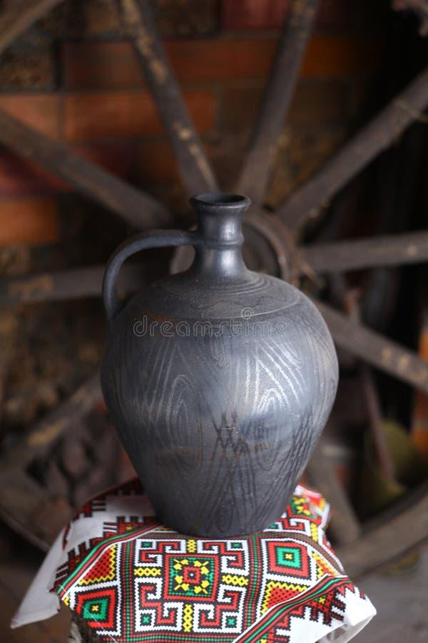 Brocca casalinga tradizionale fotografie stock libere da diritti