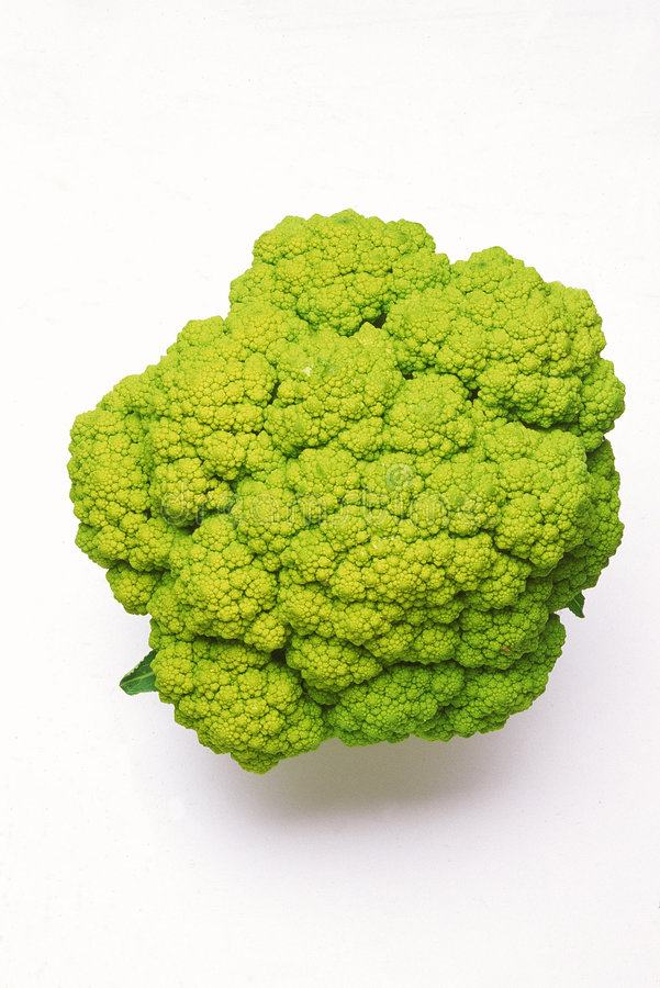 Broccoflower con las hojas del verde quitadas foto de archivo libre de regalías