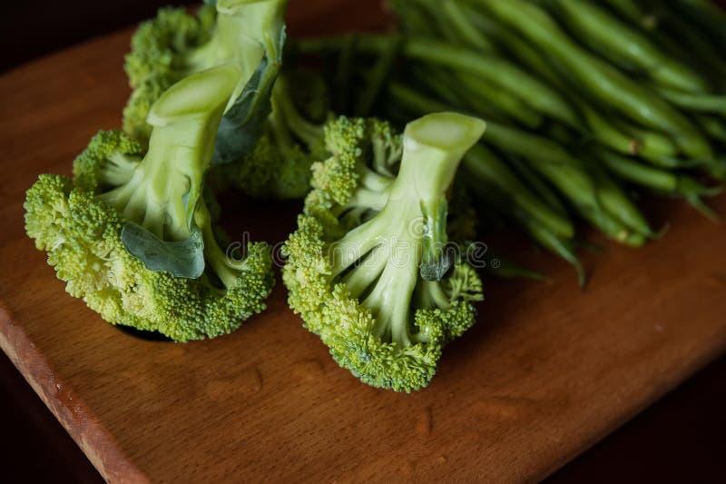 Broccoli ed asparago fotografia stock