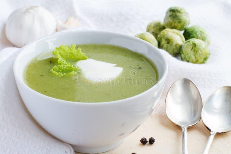 Broccoli lagar mat med grädde soppa royaltyfri fotografi