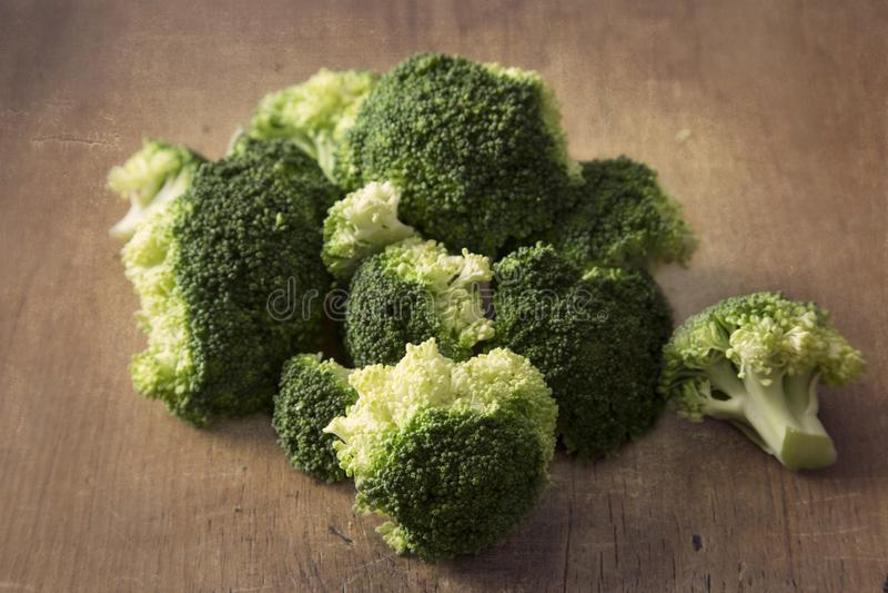 Broccolo organico immagini stock libere da diritti