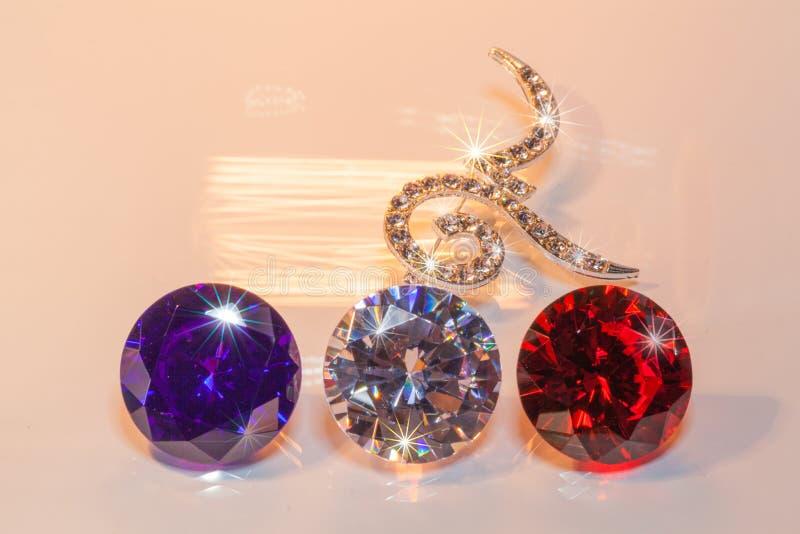 broches du numéro neuf décorées par des diamants images stock