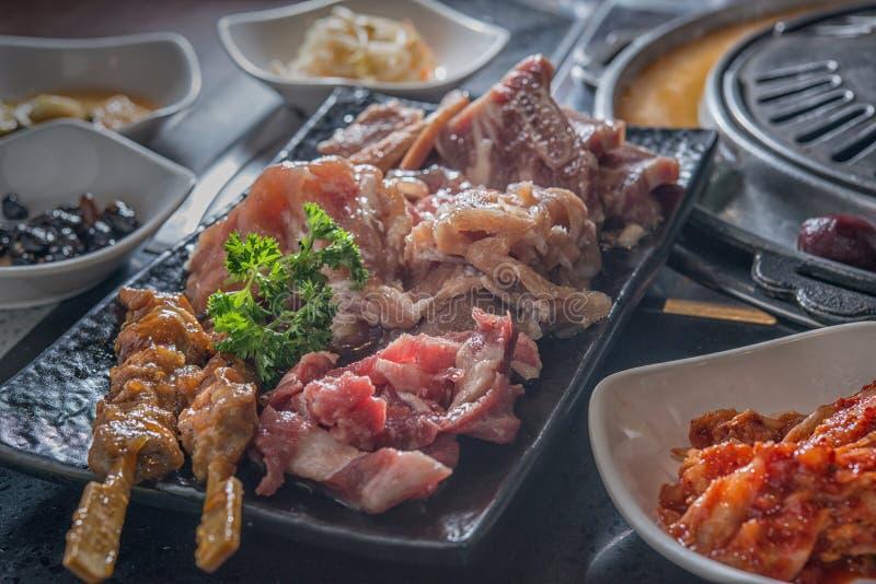 Brochette assortie crue de viande de cuisine coréenne de BBQ photographie stock
