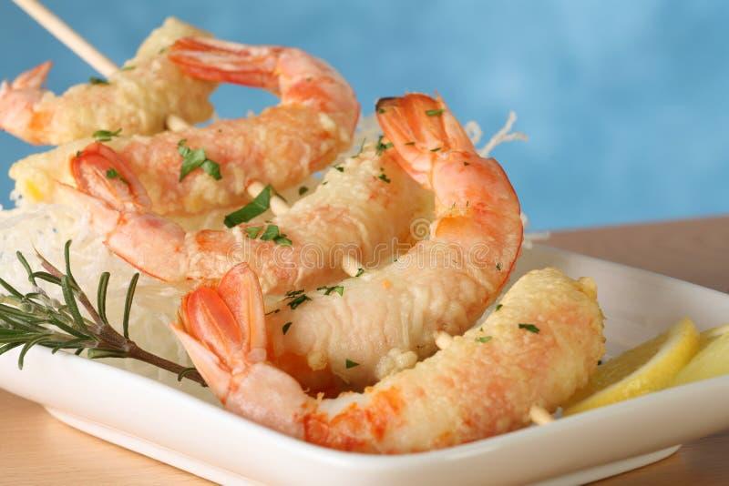 Brochette de crevette de Tempura photo libre de droits