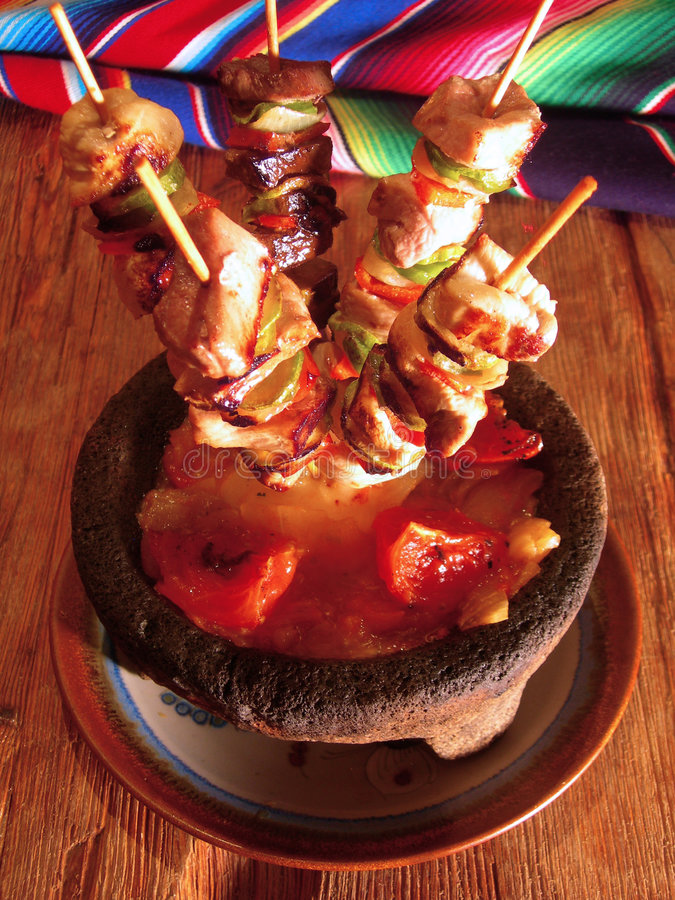 Brochettes mexicanos del pollo foto de archivo