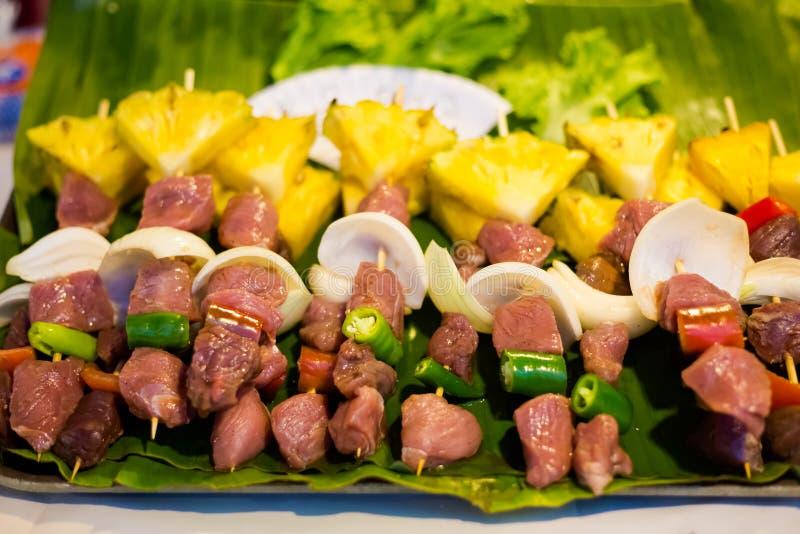 Brochettes thaïlandaises de viande de porc photo stock