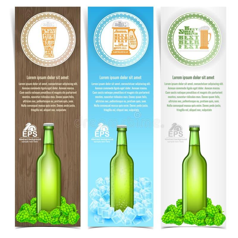 Brochuremalplaatje voor bierthema met groene fles op hop en ijsblokje royalty-vrije illustratie