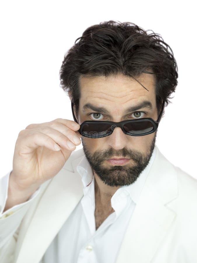 Brodaty mężczyzna z okularami przeciwsłonecznymi fotografia stock