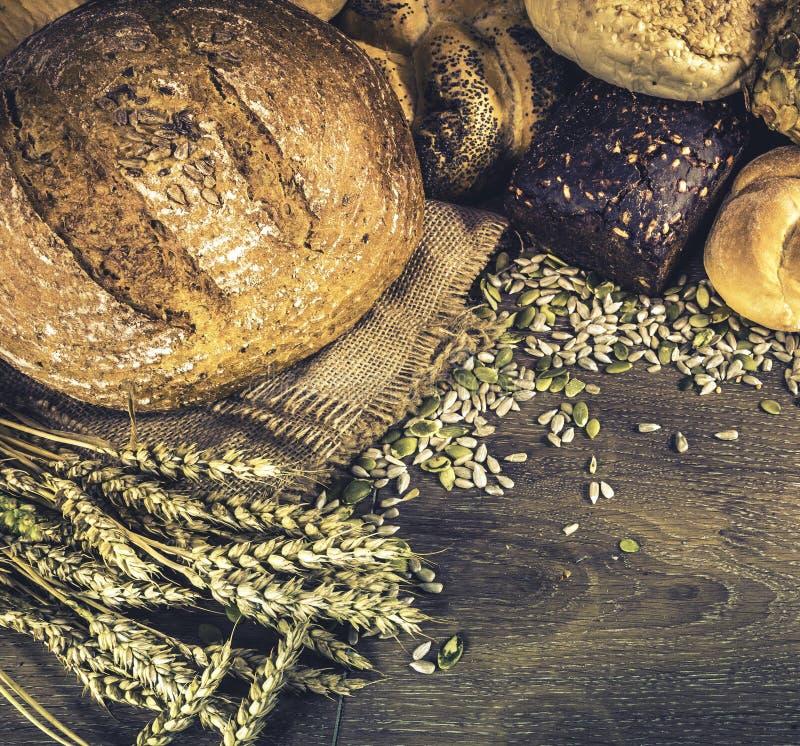 Broden van brood en broodjes royalty-vrije stock afbeelding