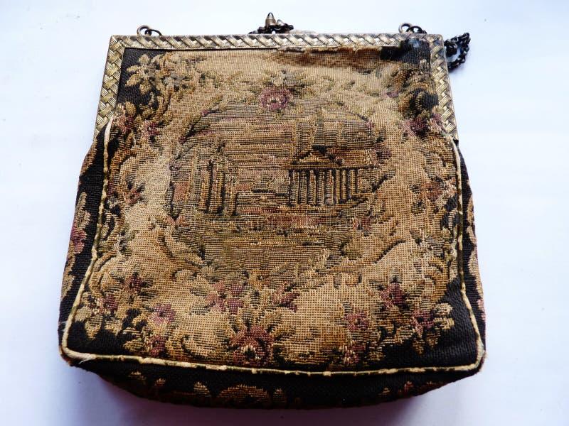 Broderad antik handväska för tappning arkivbild