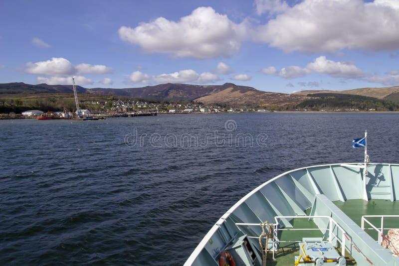 Brodick de aproximação na ilha de Arran imagem de stock
