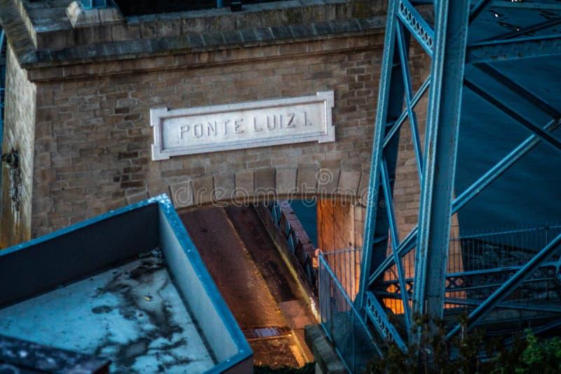 Brodom luis i staden av porto arkivbilder