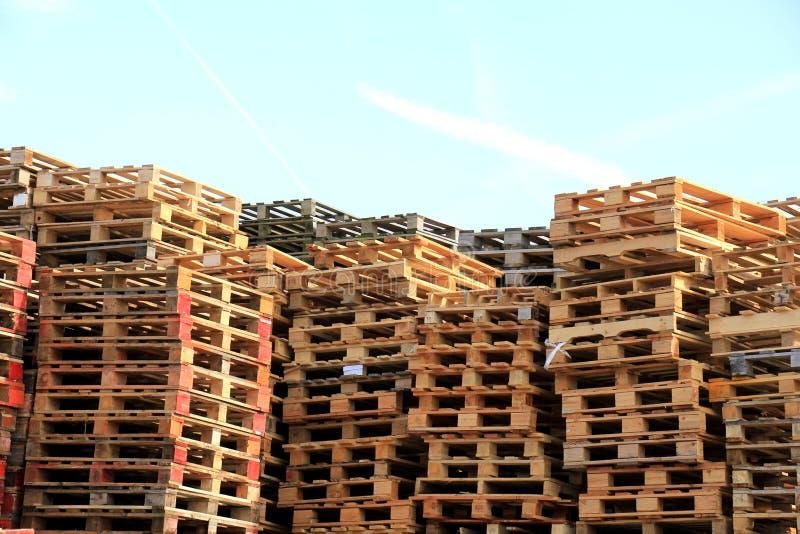 Brogujący Drewniani Barłogi obrazy stock