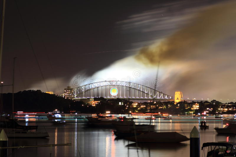 Download Brohamnnatt över Den Röksydney Trailen Arkivfoto - Bild: 22674050