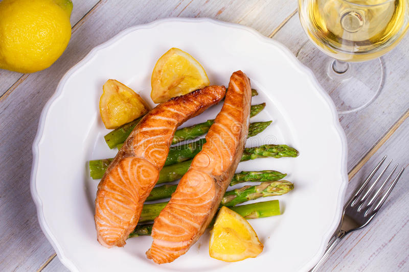Broiled Salmon and Asparagus. stock photography