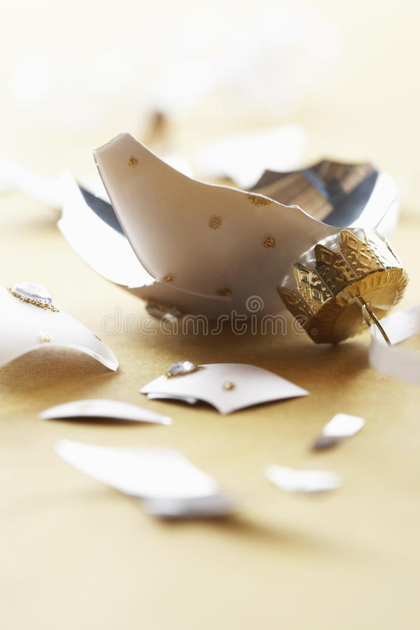 Free Broken Christmas Ornament Close-up Stock Images - 30844324