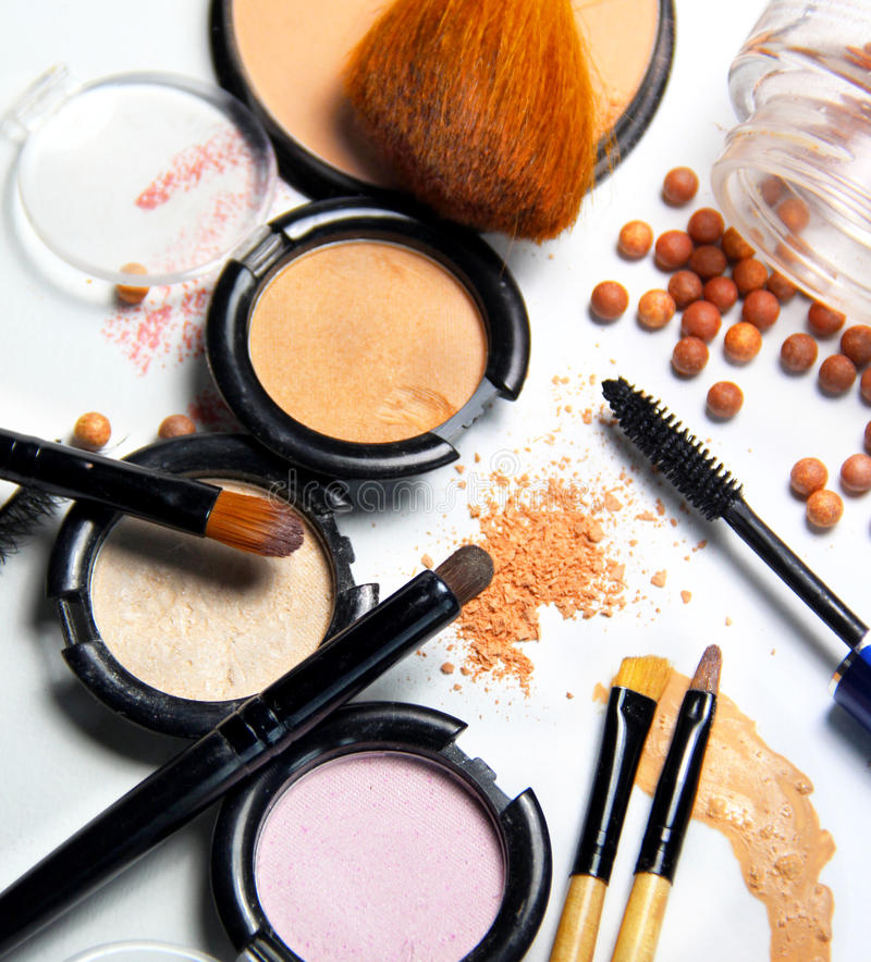 Free Broken Powder, Foundation And Brushes Stock Images - 44807734