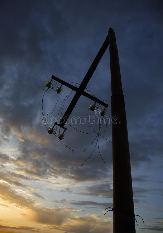 Free Broken Utility Pole Royalty Free Stock Photography - 25540207