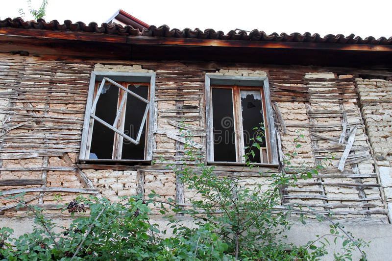 Broken Windows royaltyfria bilder
