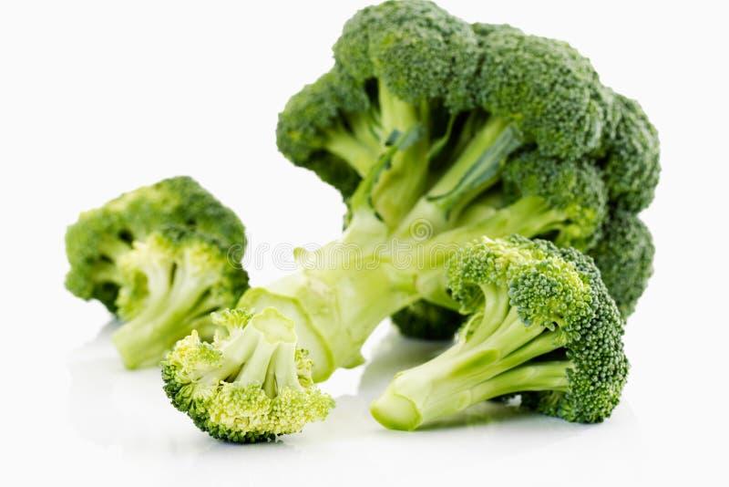 Brokkoli, weißer Hintergrund lizenzfreies stockfoto