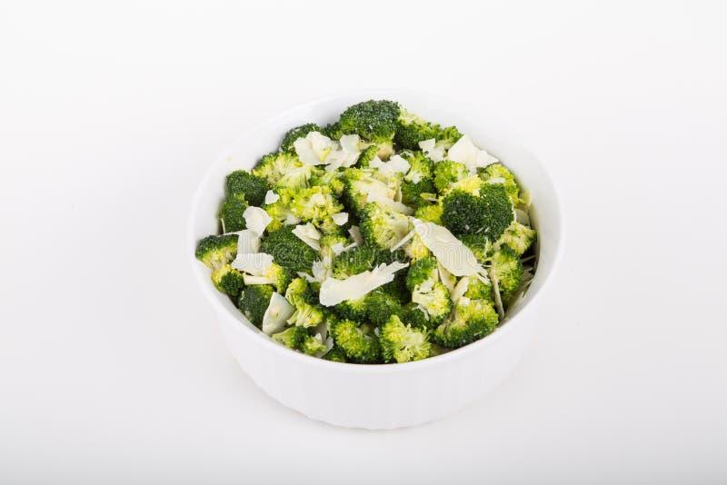 Brokuły w Białej potrawce z Parmezańskim serem zdjęcia stock