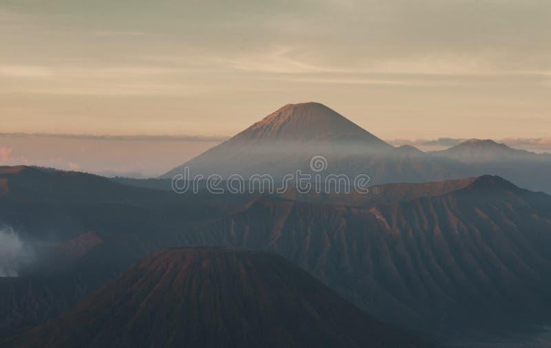 Bromo berg fotografering för bildbyråer