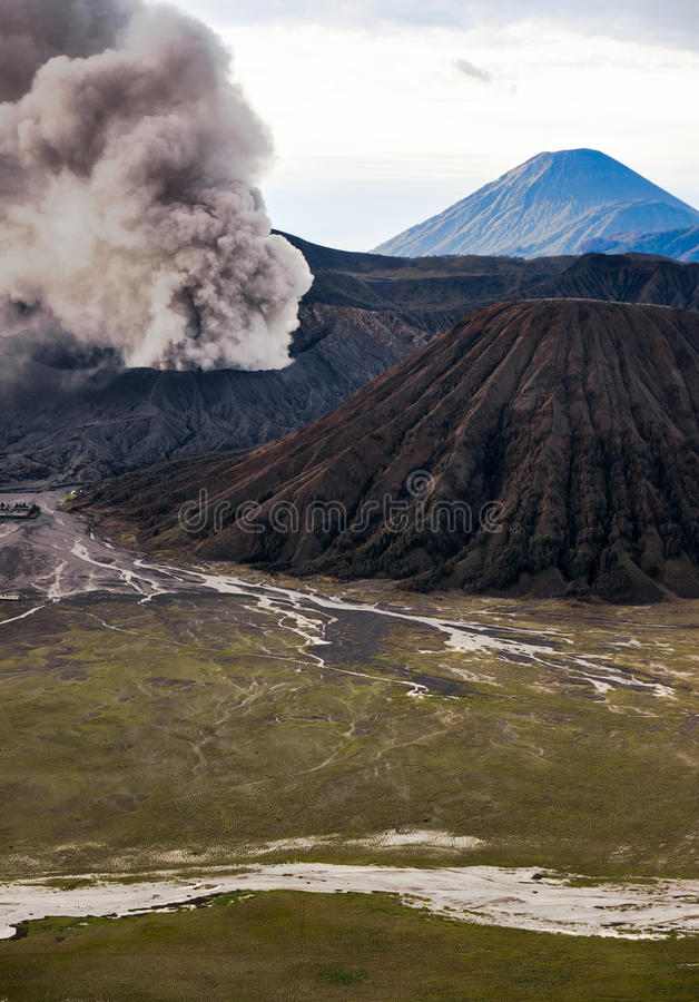 Bromo wulkanu erupcja, Wschodni Jawa obrazy royalty free