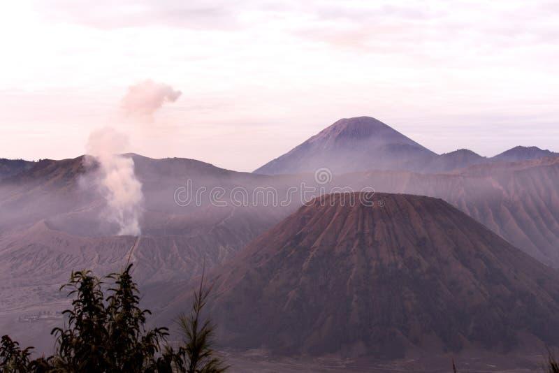 Bromoberg in Indonesië royalty-vrije stock afbeeldingen