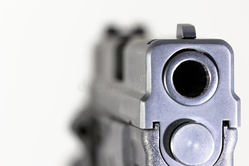 Bronie, krócica, pistolet, ręka pistolet, obrona obrazy royalty free