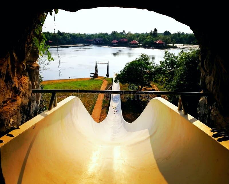 Brons sjösemesterortkampongen Thom, provinsiella Cambodja arkivbilder