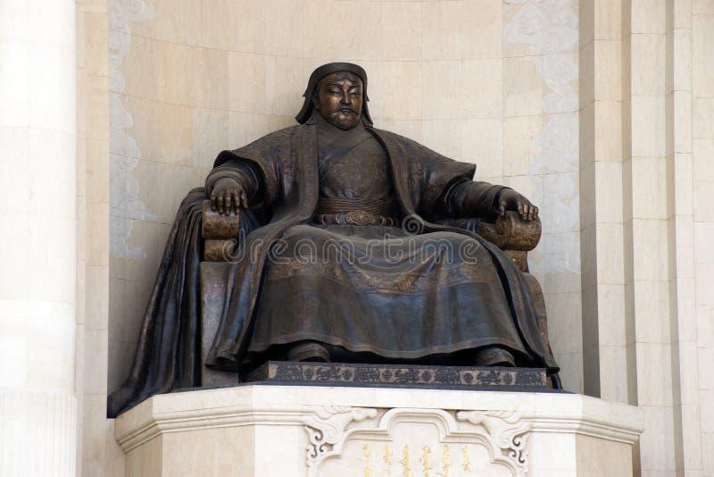 Brons statyn av den stora kejsaren - Genghis Khan royaltyfri foto