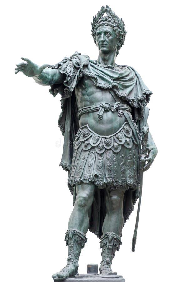 Brons statyn av en roman kejsare som isoleras på vit royaltyfria bilder