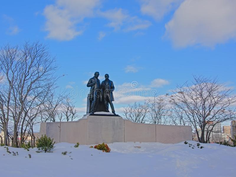 "Brons statyn av Robert Baldwin 1804†""1858 och Sir Louis-Hippolyte Lafontaine 1807†""1864 royaltyfria foton"