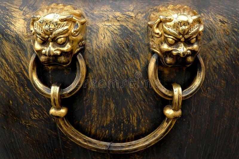 Brons watervat royalty-vrije stock fotografie