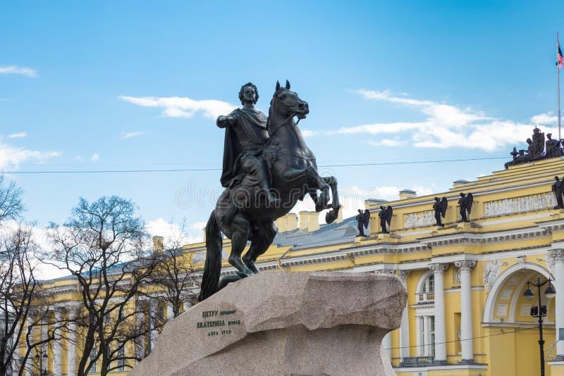 Bronsruiter, St. Petersburg, Rusland stock foto's