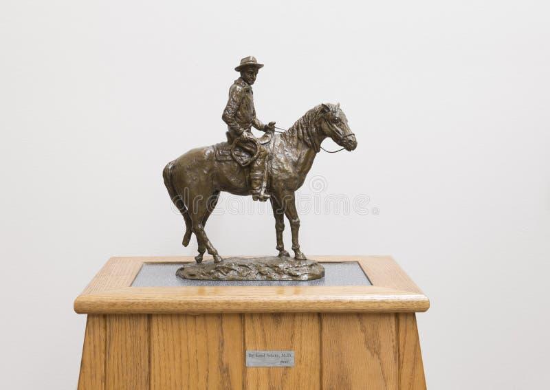 Bronsskulptur av willen Rogers på hästryggen, Claremore, Oklahoma royaltyfria bilder