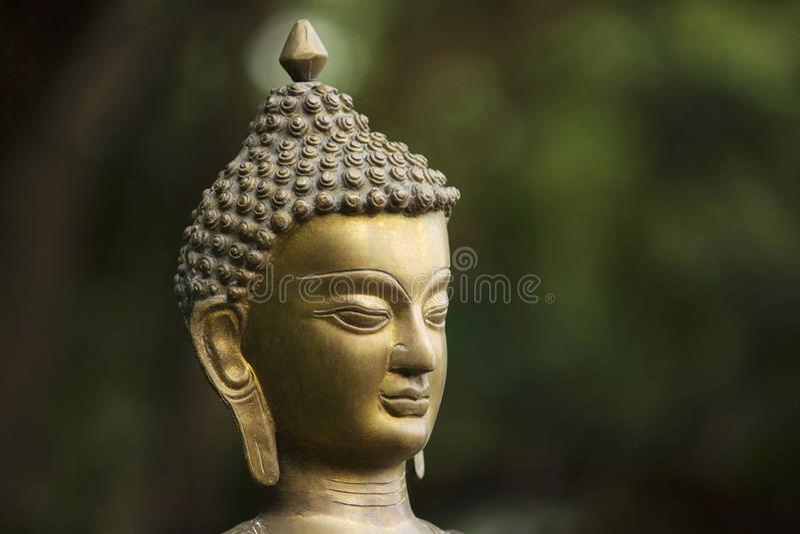Bronsstandbeeld van Gautama Buddha, Aurangabad, Maharashtra, India stock afbeeldingen