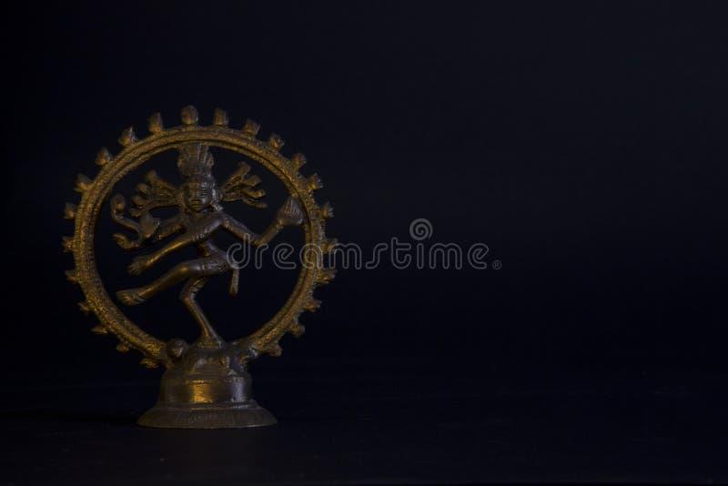 Bronsstaty av den indiska gudkalien arkivfoto
