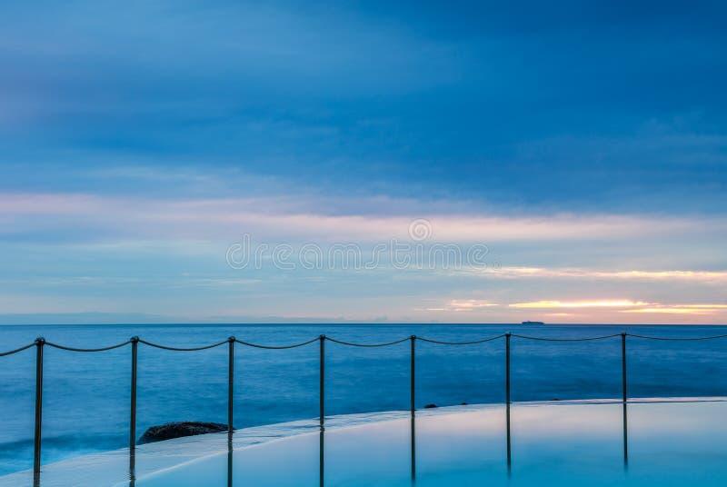 Bronte на восходе солнца, NSW, Австралия стоковые изображения rf