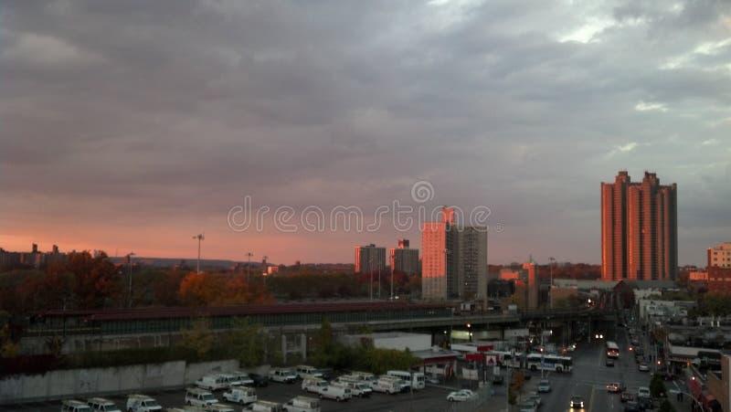 Bronxzonsondergang stock fotografie