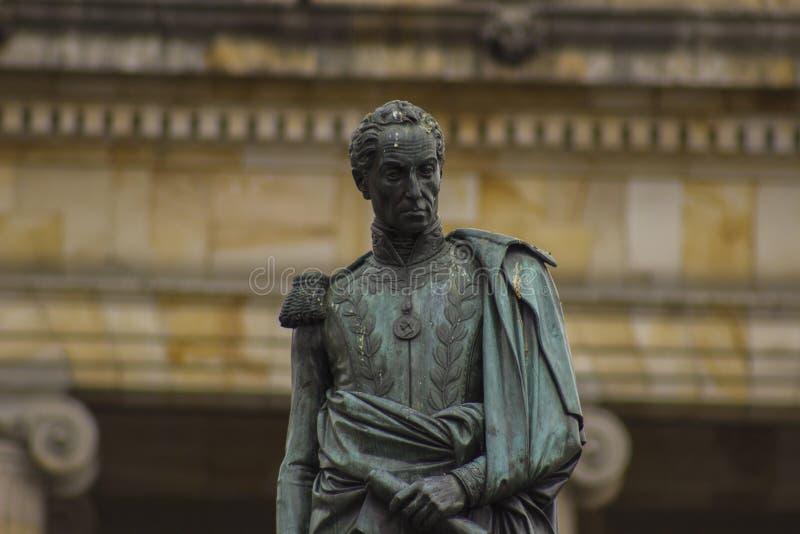 Bronze colonial de Bogotá Colômbia Simon Bolivar da baixa fotografia de stock royalty free