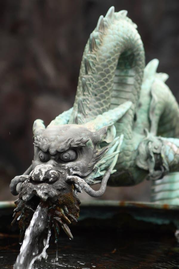 bronze draken royaltyfri bild