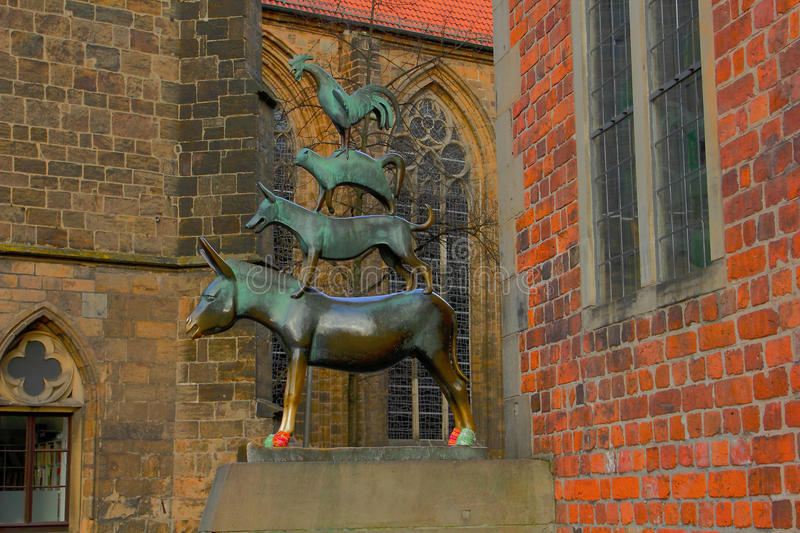 Bronze statue of the Town Musicians - Bremen, Germany stock images