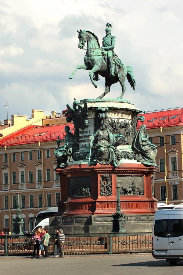 Bronzemonument des Zars Nikolaus I. in St Petersburg, Russland stockbild