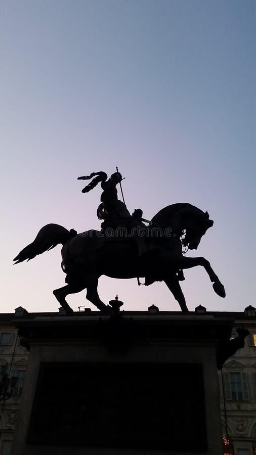 Bronzepferd in Turin Italien stockfotos