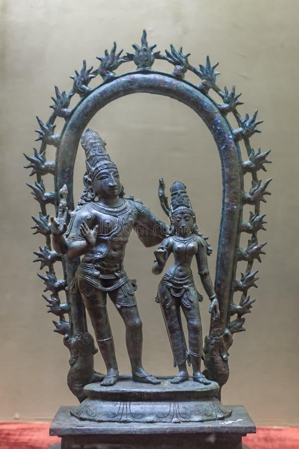 Bronzestatue von Shiva und von Parvati, die chola Ära gehören stockbilder